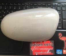 Оклейка накладок на зеркала 4D карбоновой пленкой Винил Авто Украина (2)